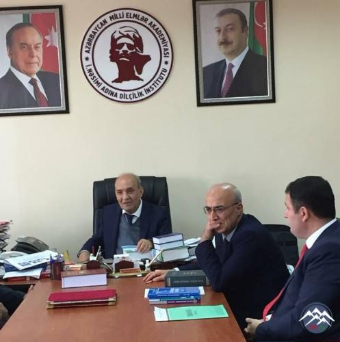 Türk Dil Qurumunun sədri Gürer Gürsevin Dilçilik İnstitutunda görüşdə olub