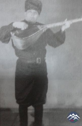 QIRXILI AŞIQ HÜSEYN MƏRDANƏ  (1920-2008)