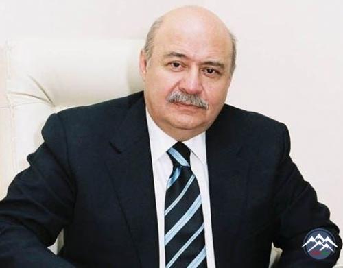 """Tanınmış memar Elbay Qasımzadə """"Şərəf"""" ordeni ilə təltif edilib"""