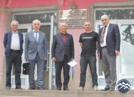UNEC-in professor-müəllim heyəti Gürcüstandakı Azərbaycan məktəblərinə səfər ediblər