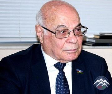 """Deputat Ağacan Abıyev """"Kurikulum"""" sözünün işlədilməsinə etiraz edib"""