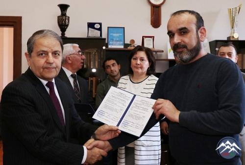 AzTU-da İxtisasartırma kurslarını bitirən müdavimlərə vəsiqələr təqdim olunub