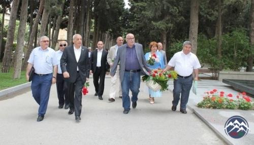 Akademik Cəlal Əliyevin xatirəsi anılıb