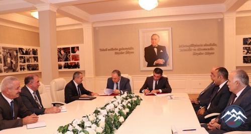 AzTU və 166 Global Logistics MMC arasında əməkdaşlıq müqaviləsi imzalanıb