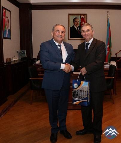 AzTU-nun rektoru Fələstin Dövlətinin Azərbaycandakı səfiri ilə görüşüb