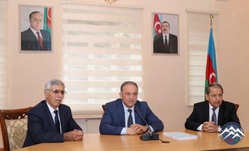 Akademik Fikrət Əliyev AzTU müəllimləri üçün seminar keçirib