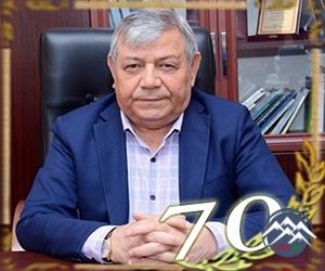 """Akademik Ramiz Məmmədov """"ŞÖHRƏT"""" ordeni ilə təltif olunub"""