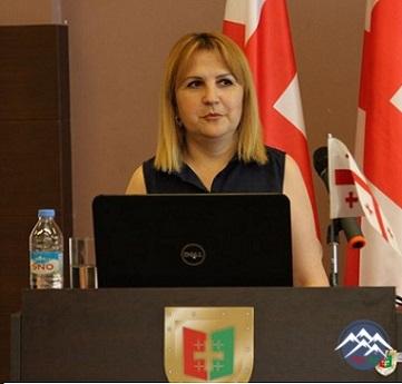 Siyasi elmlər doktoru, professor EMİLİA ALAVERDOVA (1978)