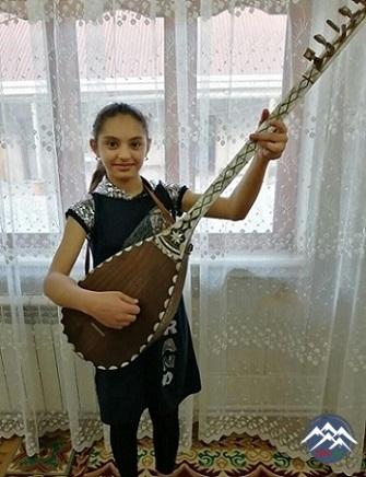 Gənc aşıq Fatimə Şahmarlı