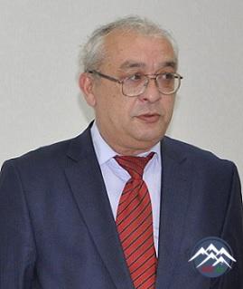 Elxan Zal Qaraxanlı (1961)