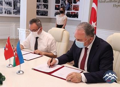 AzTU ilə Selçuk Universiteti arasında əməkdaşlıq memorandumu imzalanıb
