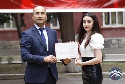 Azərbaycan Texnologiya Universitetində məzunlara diplomların təqdimetmə mərasimi keçirilib