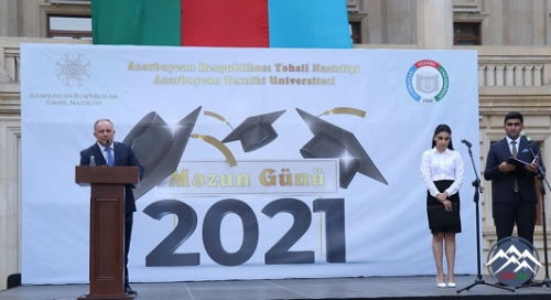 """AzTU-da """"Məzun Günü-2021"""" adlı tədbir keçirilib"""